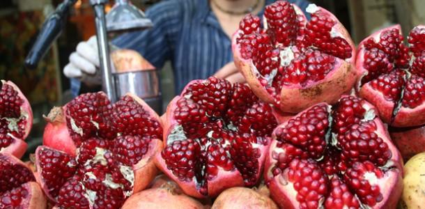 168-pomegranate-liqueur