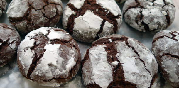 191-crinkle-chocolate-cookies
